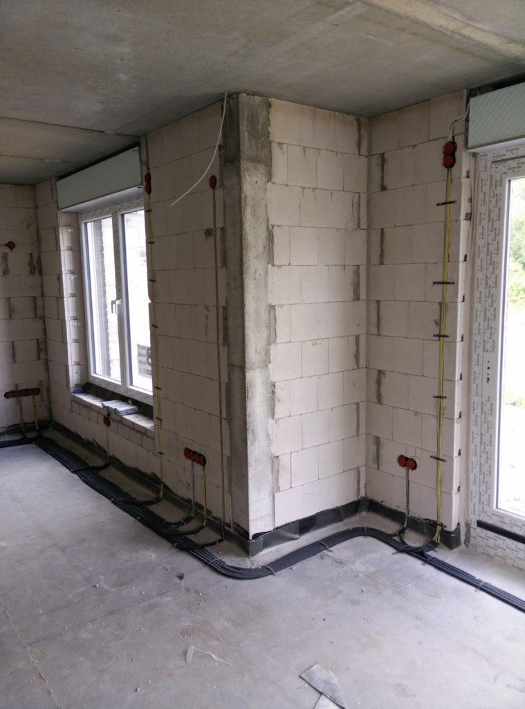 Verkabelung im Bereich Wohnzimmer/Essecke