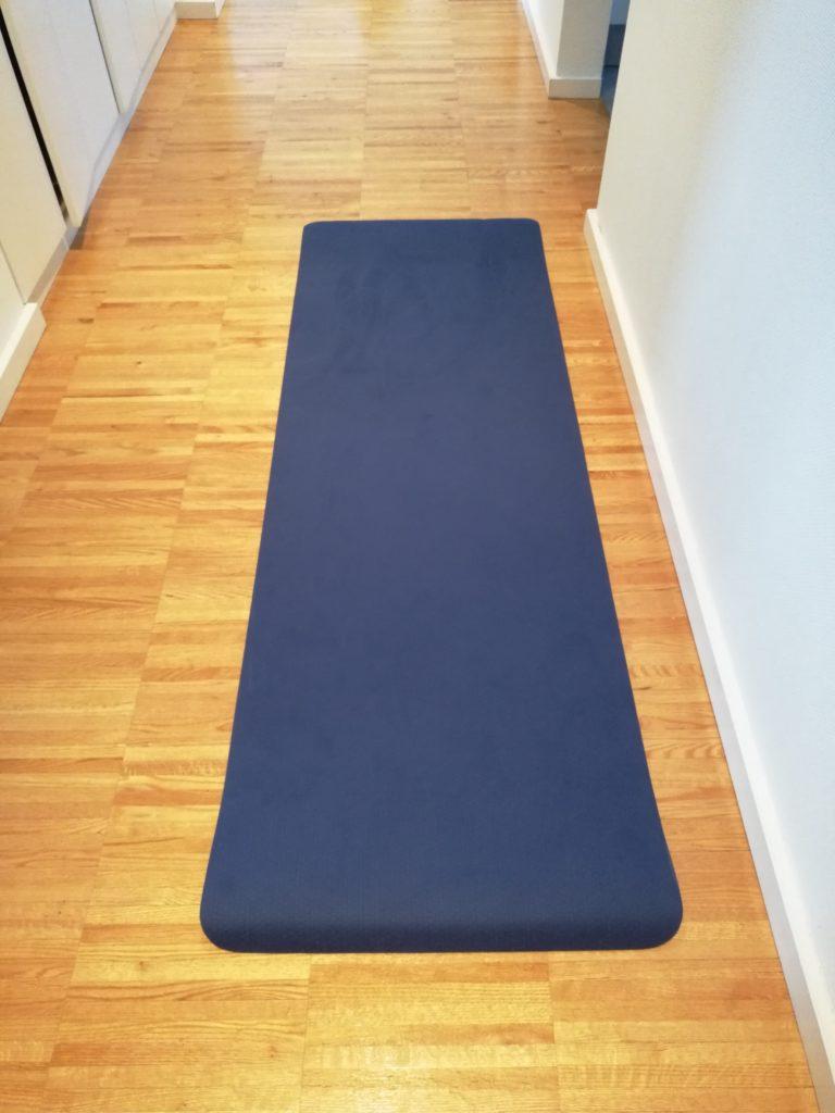 ausgerollte Yogamatte