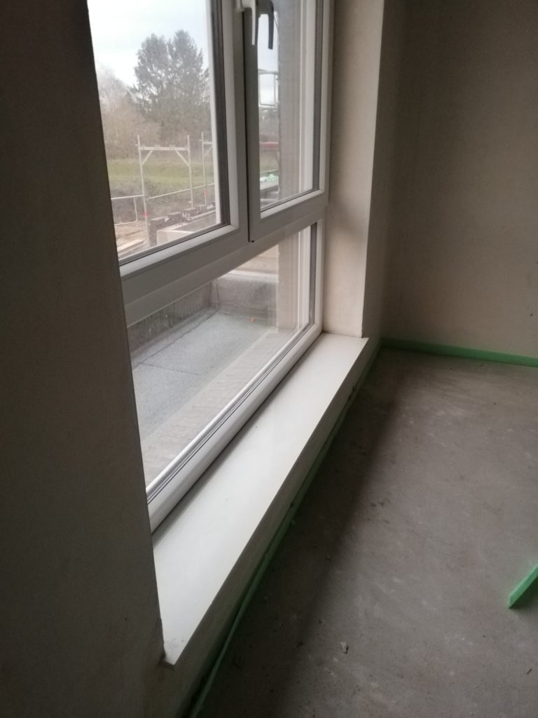Fensterbank im Bad