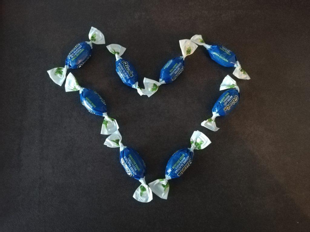 Einzeln verpackte Aktiv Frei Bonbons von Ricola