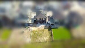 Unser Haus mit Garten von der Vogelperspektive