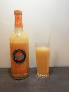 Cocktail: Pfirsich-Maracuja Eierlikör mit Likör 43 und Apfelsaft